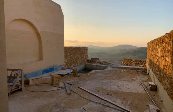 Xaghra Farmhouse For Sale