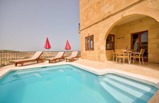 Zebbug Farmhouse For Sale